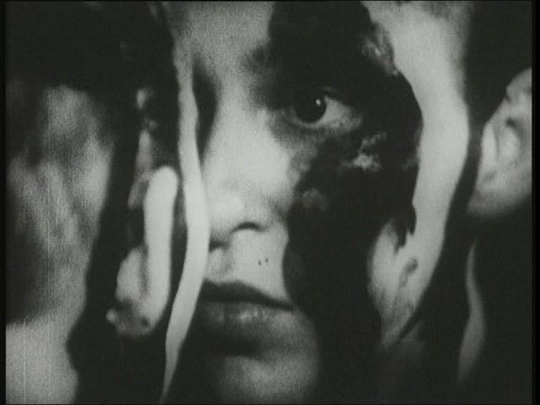 Fotograma de la película Kugelkopf (1985).